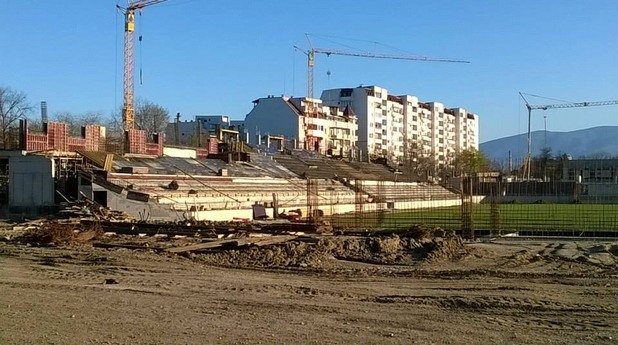 Ботев, стадион