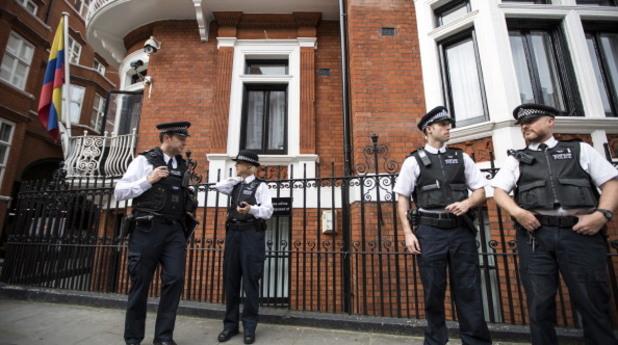 посолство на еквадор в лондон