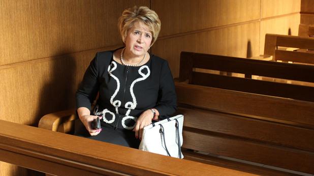 Емилия Масларова в съда - 19.9