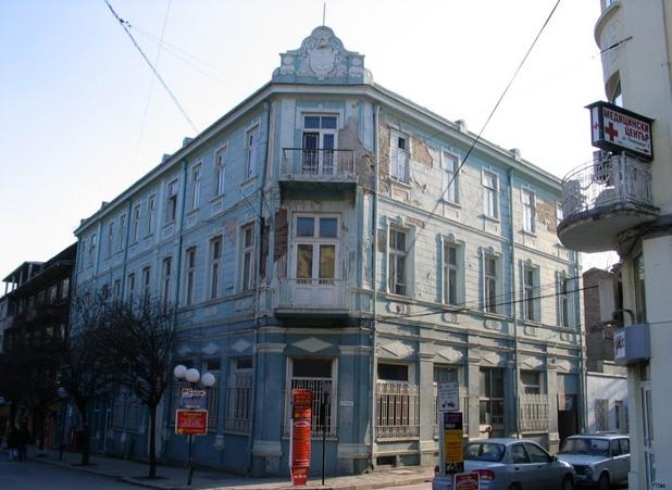 """Хотел """"Париж"""", преустроен в последния си вид през 1911 г. по проект на арх. Дабко Дабков"""