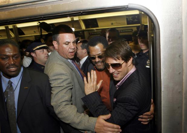 Том Круз в метрото