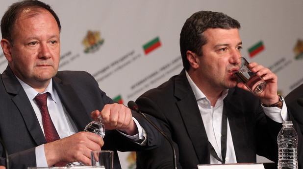 Михаил Миков и Янаки Стоилов в изборната нощ