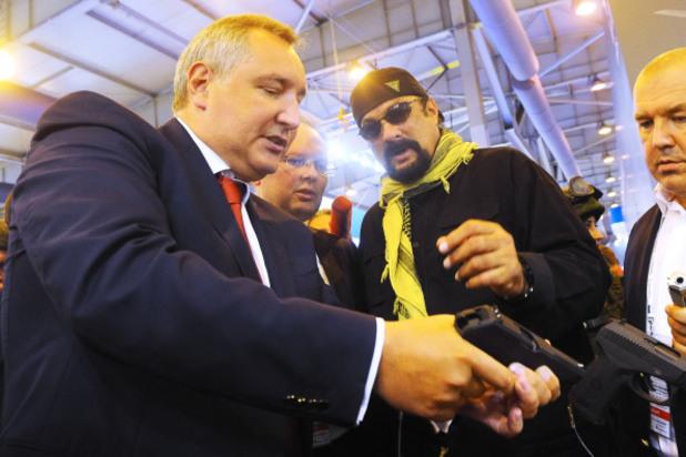 """руският вицепремиер дмитрий рогозин на оръжейното изложение """"оборонекспо - 2014"""""""