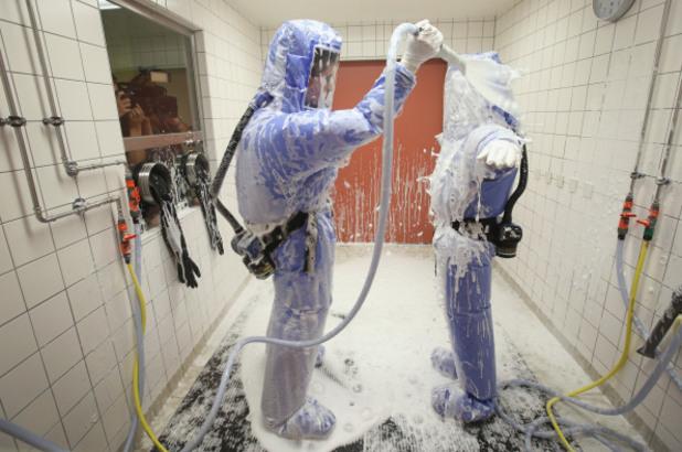 дезинфекция в болнично отделение след третиране на пациенти с ебола