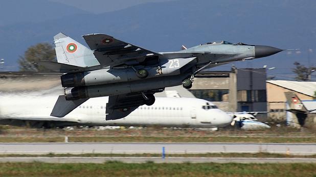 """На летище София се проведе авиошоу под надслов """"Това сме ние"""". Шоуто се организира от ВВС на България"""