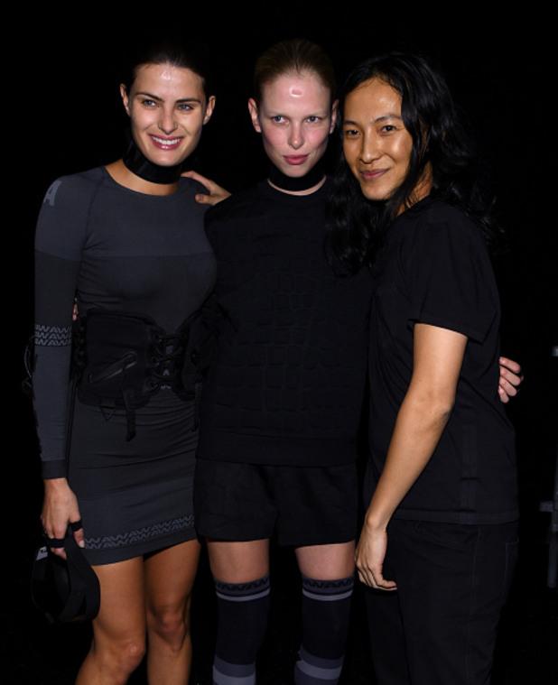 александер Уанг с част от моделите представящи новата му колекция за H&M