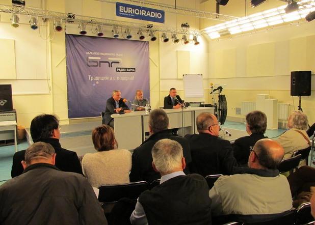 Дебат за демократичните промени събра десните във Варна