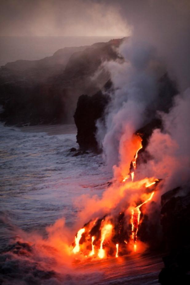 Volcano - Tours, Hawaii