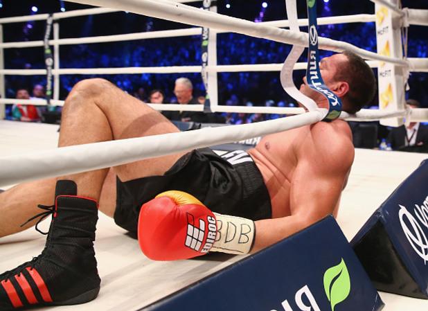 Кубрат Пулев на ригна по време на мача с Кличко