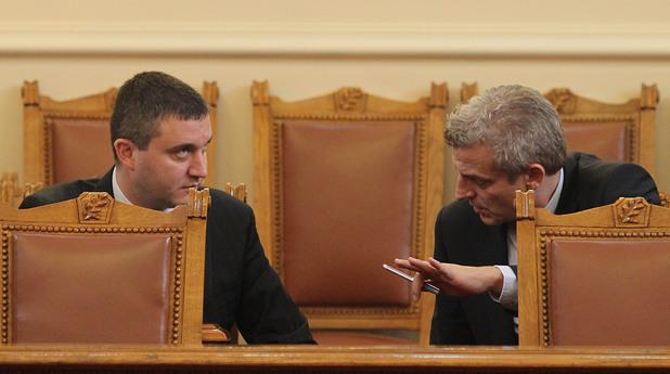 Дискусия между новите министри