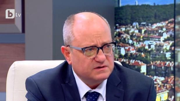 Проф. Тодор Танев - министър на Образованието