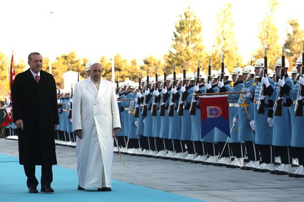 Папата на посещение в Турция