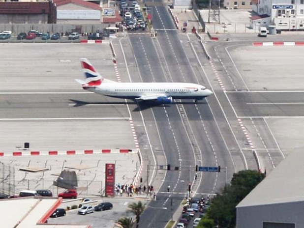 Гибралтар - опасните летища