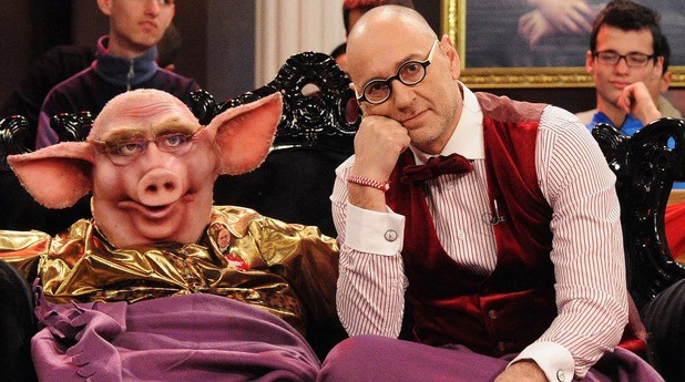"""Любен Дилов-син и прасето от предаването му по тв7 """"Пуснете водата"""""""