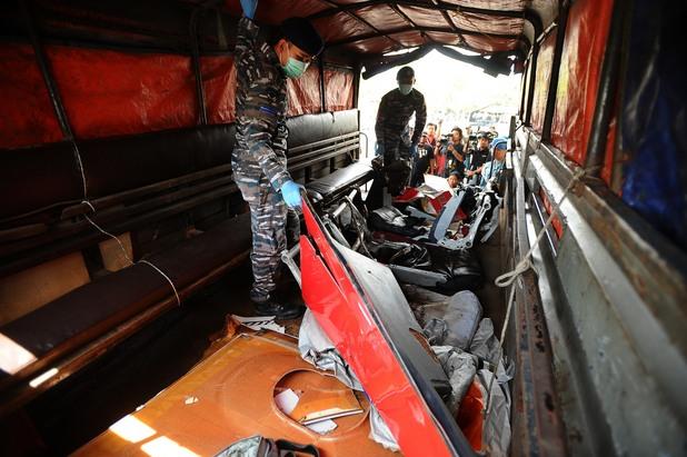 останки от катастрофиралия самолет на airasia qz8501