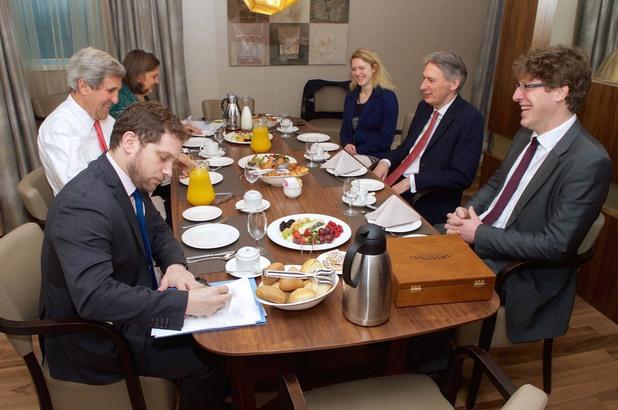 среща на американския държавен секретар с външния министър на великобритания