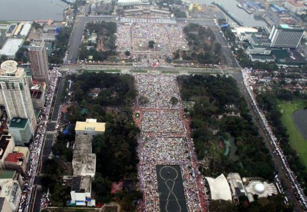 6 милиона се събраха в Манила за посещението на Папата