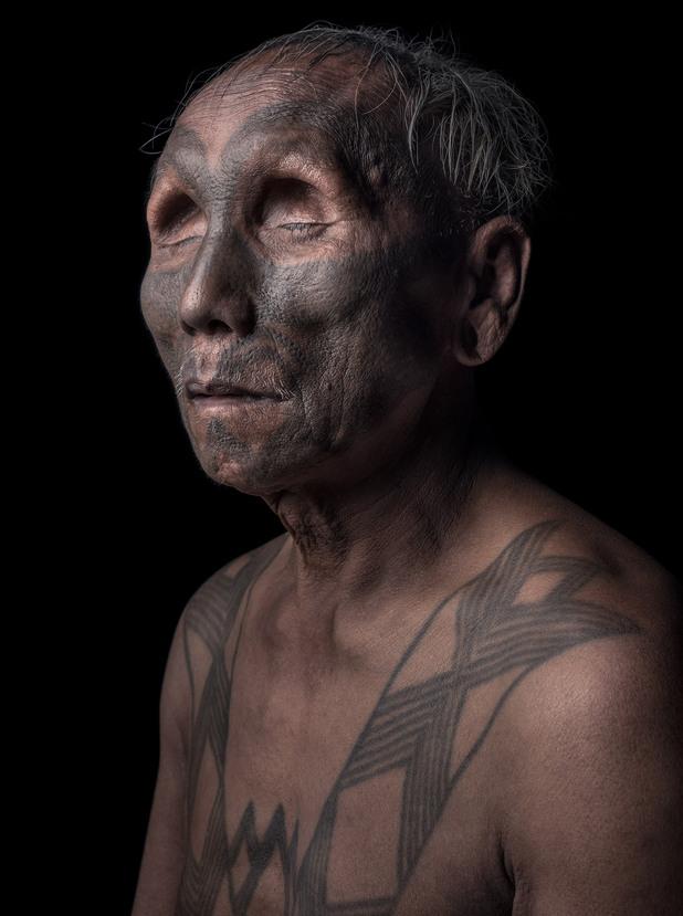 мъж от племето коняк