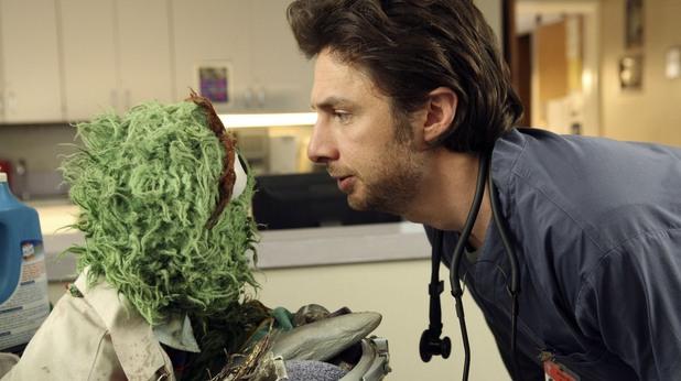 Оскар от Улица Сезам - пациент в Scrubs