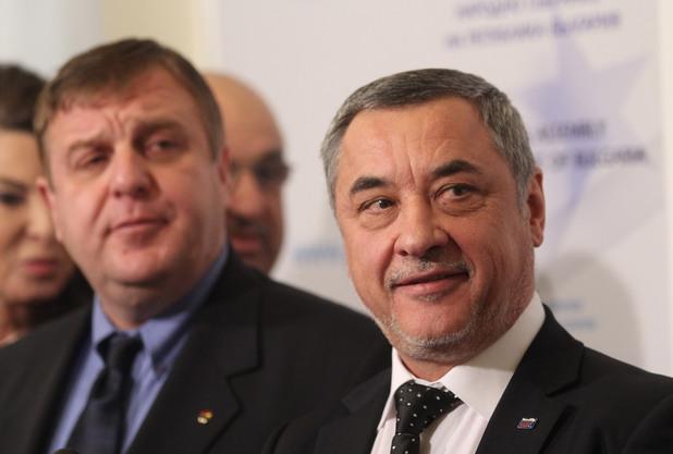 съпредседателите на патриотичния фронт валери симеонов и красимир каракачанов в народното събрание