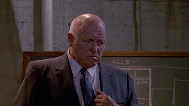 """Лорънс Тиърни в ролята на Джо Кабът, """"Глутница кучета"""""""