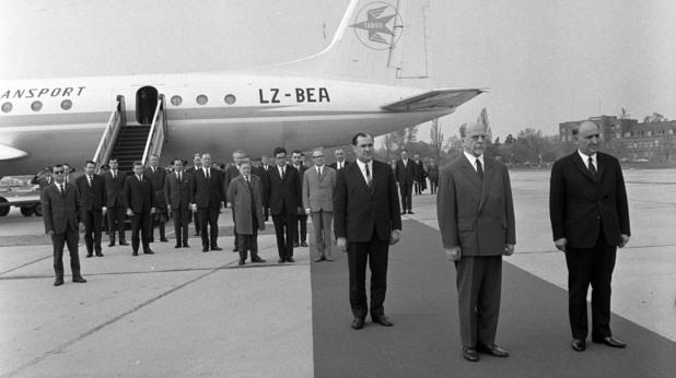 Живков заедно с лидера на ГДР Валтер Улбрих