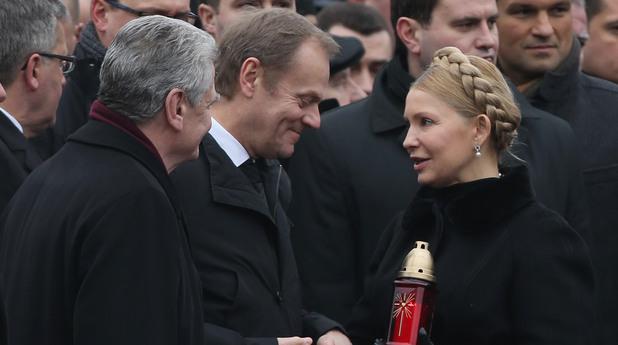 Йоахим Гаук, Доналд Туск, и Юлия Тимошенко - една година след протеста