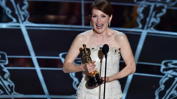 """Наградата за """"най-добра актриса"""" отиде при Джулиан Мур."""