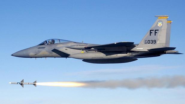 """Американски изтребители F-15 кацат на """"Граф Игнатиево"""""""