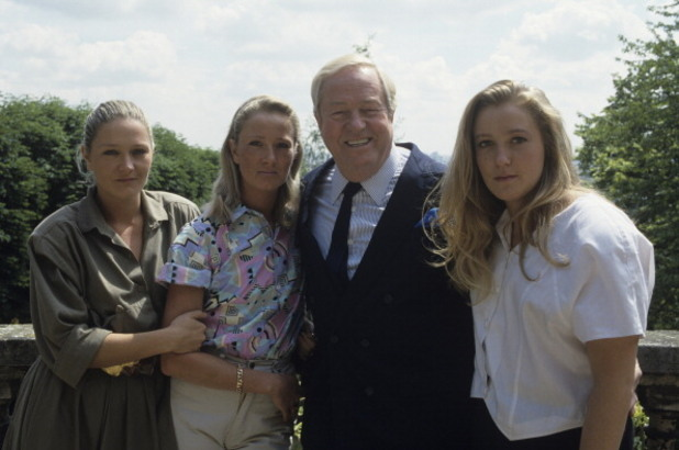 жан-мари льо пен и трите му дъщери - мари-каролин, ян и марин льо пен