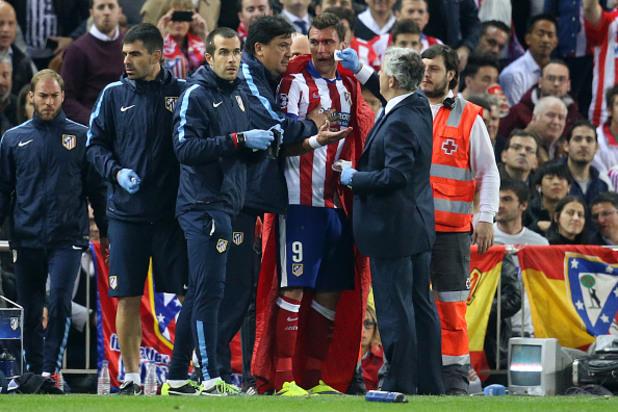 Марио Манджукич кръв срещу Реал