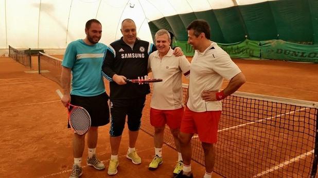 бойко борисов на тенис корт