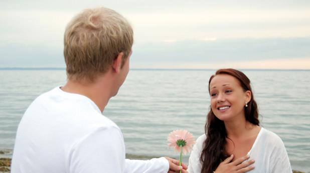 мъж, жена, цвете, любов