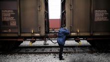 Тежка влакова катастрофа отне живота на 14 бежанци