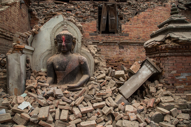 разрушения в храм след тежкото земетресение в непал