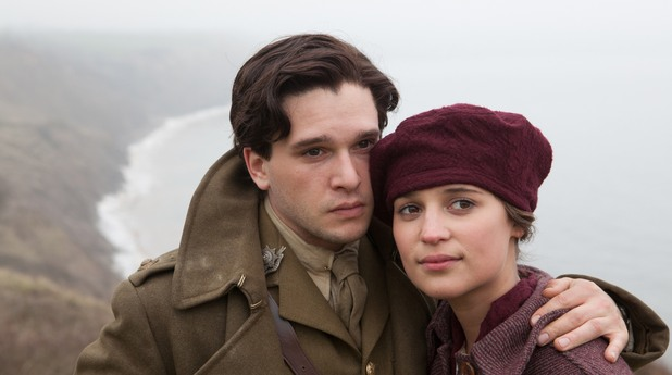 алиша викандер и кит харингтън в Testament of Youth