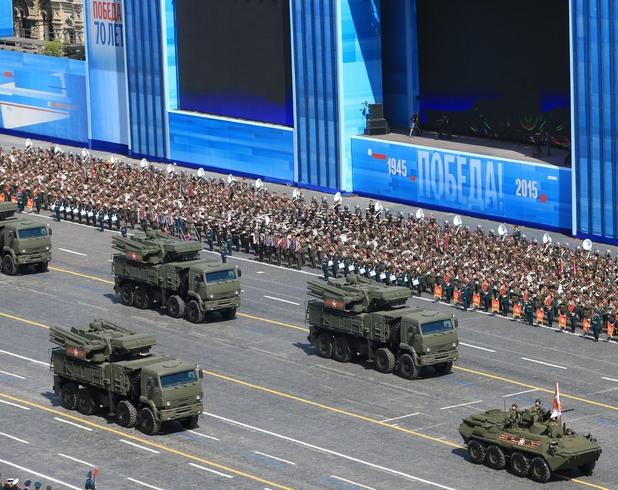 Невиждан военен парад на Червения площад