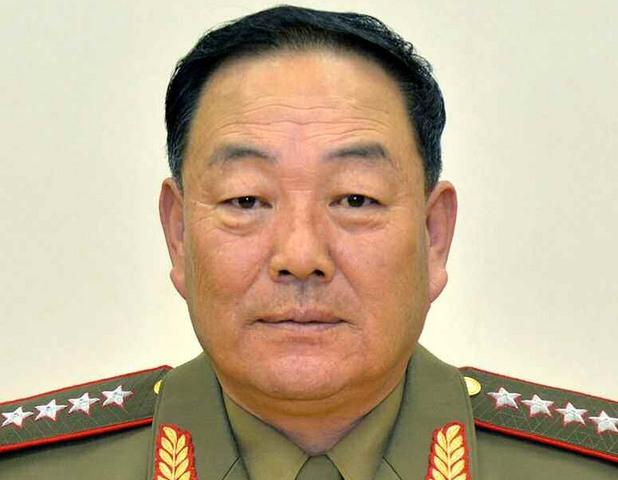 Смърт за министъра на отбраната Хьон Йон-чол, заспал пред Ким Чен Ун