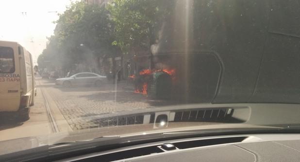 пожар в контейнер за пластмаса на бул. дондуков