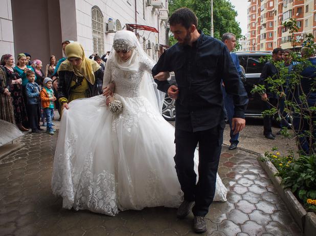 сватбата на луиза гойлабиева
