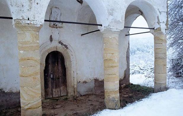 """Изоставената църква """"Св. Илия"""" в Горочетци. Снимка: Джеймс Краучман"""