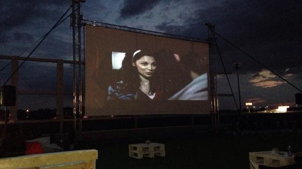 Лятно кино отвори врати в Бургас