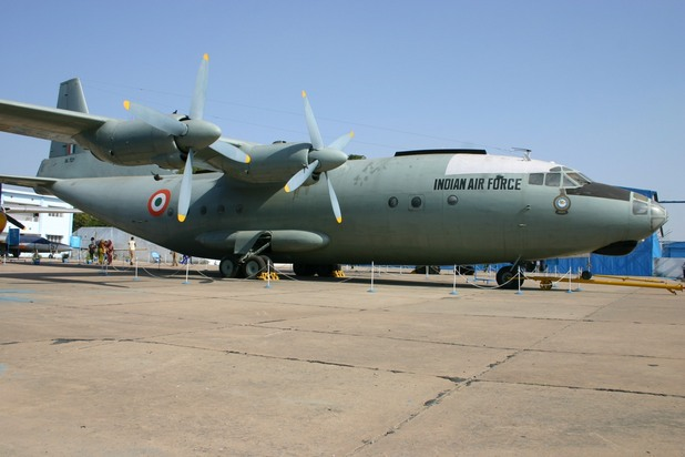военни самолети 8