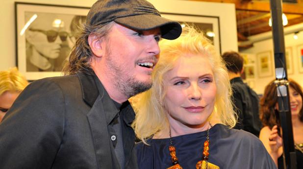Деби Хари с дизайнера Майкъл Шмид