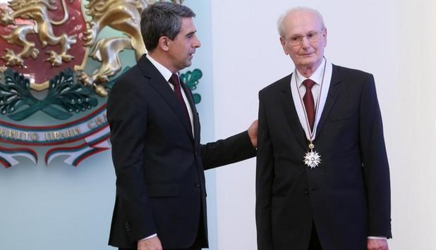 Президентът Росен Плевнелиев удостои с държавно отличие уважавания юрист и общественик Неделчо Беронов