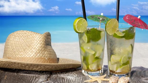 мохито, коктейл, коктейли, шапка, лято, море, плаж, почивка, ваканция