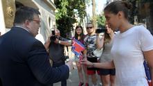 главният прокурор сотир цацаров получава флаг на северна корея преди заседание на всс