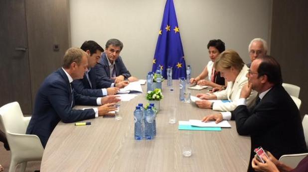 среща между гръцката делегация, доналд туск, ангела меркел и франсоа оланд