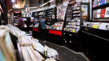 винил, магазин за плочи, плочи, албуми, музика