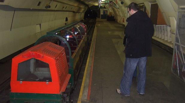 Подземният живот на Лондон, пощенски тунели